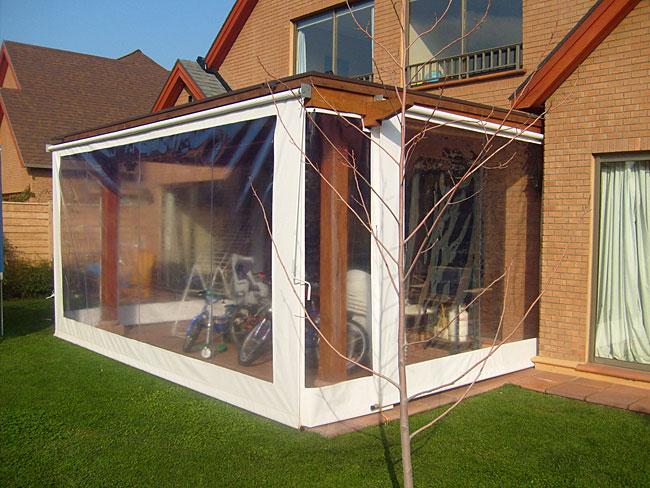 Atoldosol cierres de terrazas telones y velas for Tipos de toldos para patios